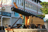 Replica Cast Iron Canon serves as a conversation piece to locals and tourists alike in Philipsburg St. Maarten — Stock Photo