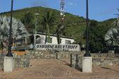 Osborne Kruythoff the traffic man of St. Maarten Statue in Philipsburg — 图库照片