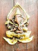 Ganesh aus holz — Stockfoto