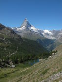 Matterhorn And Lake Moosjisee, Zermatt — Stock Photo