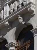 Detail of a Renaissance facade. Italy — Stock Photo