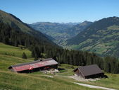 Scenery in the Bernese Oberland, Gstaad — Stock Photo