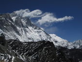 Lee waves over Lhotse — 图库照片