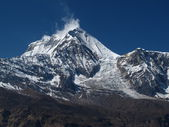 Peak of Dhaulagiri and Ice-Fall — 图库照片