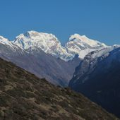 Majestic mountain in the Annapurna Conservation Area — Stock Photo