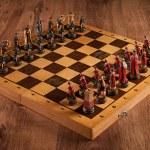 Chess battle Catolic and Slav — Stock Photo