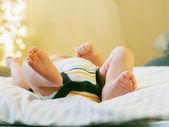 Retrato dos pés do bebê caucasiano — Fotografia Stock