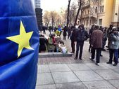Kiev. Revolution. Bloking goverment building — Stock Photo