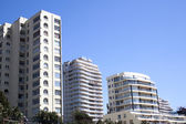 Coastal Cityscape of Residential Apartment Complexes — Stock Photo