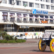 View of Ricksha Cart in Front of Hotel — Stock Photo