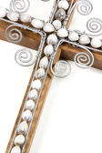 Closeup of Wire Cross and Beads Attached to Wooden Cross — Stock Photo