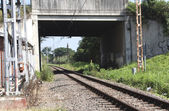 Railway Track Running Under Overhead Pedestrian Bridge — Photo