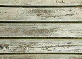 Pintura descascarada en antigua valla de madera blanca. — Foto de Stock