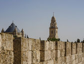 Defensive wall of the ancient holy Jerusalem . — Stockfoto