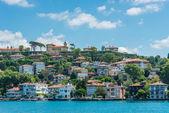 Houses on the Bosphorus — Stock Photo