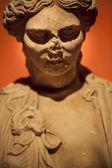 Oud griekse marmeren gezicht en lichaam standbeeld — Stockfoto