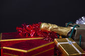 Gift Box and Champagne — ストック写真