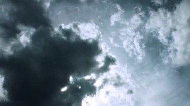乌云次失误 — 图库视频影像