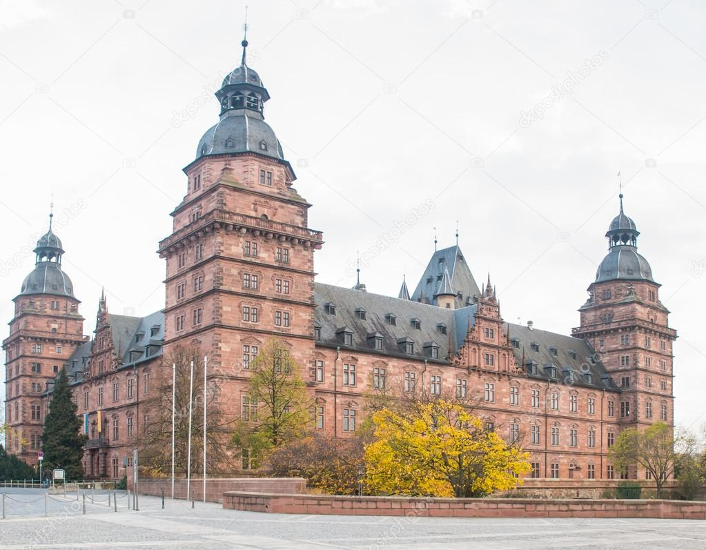aschaffenburg chat Download aschaffenburg stock photos affordable and search from millions of royalty free images, photos and vectors thousands of images added daily.