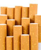 сигареты, торчащие из пакета — Стоковое фото