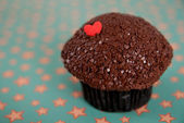 Valentine's Day Chocolate Cupcake — Stock Photo