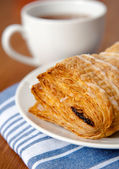 Puff Pastry with Cup of Tea — Stock Photo