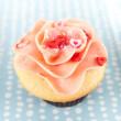 Vanille Erdbeer cupcake — Stockfoto #29077313