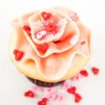 Vanille Erdbeer cupcake — Stockfoto #29077357