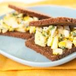 Mini Egg Salad Sandwiches with Whole Grain Bread — Stock Photo
