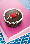 Chocolate Cup with Heart Candy for Valentine's Day — Stock Photo