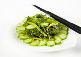 Plate of Healthy Seaweed and Cucumber Salad — Stock Photo
