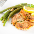 Salmon and Sweet Potato Cakes with Green Beans — Stock Photo
