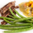 Beef Strips with Green Beans and Basil — Stock Photo