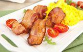 Paleo Style Breakfast of Bacon, Scrambled Eggs — Stock Photo