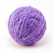 Purple wool yarn ball — 图库照片