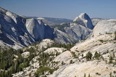 Yosemite valley with Half Dome — Stock Photo