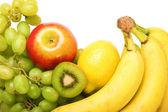 Mix di frutta fresca deliziosa isolato — Foto Stock