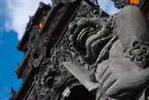 Balinese gate guardian at Tanalot — Stock Photo