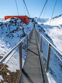Hanging bridge in Gastein ski resort — Stock Photo