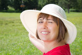 Young woman in panama hat — Stock Photo