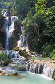 東南アジアで神秘的な滝 — ストック写真