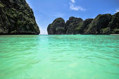 Phi Phi island Maya bay , Thailand — Stock Photo