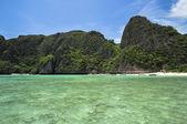 View of Maya Bay, Phi Phi island, Thailand — Stock Photo