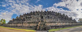 Panorama Buddist temple Borobudur complex in Yogjakarta in Java — Stock Photo