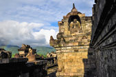 Little rainbow Buddist temple Borobudur complex in Yogjakarta in — Stock Photo