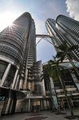 Kuala lumpur - 10 kwietnia: Widok ogólny petronas twin Towers — Zdjęcie stockowe