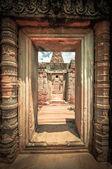 Antigo templo budista khmer no complexo de angkor wat, siem reap c — Fotografia Stock