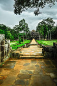 Bayon Temple and Angkor Wat Khmer complex in Siem Reap, Cambodia — Stock Photo