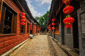 Lijiang China old town streets and buildings — ストック写真