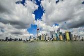 上海的天际线 poudon 岛 — 图库照片